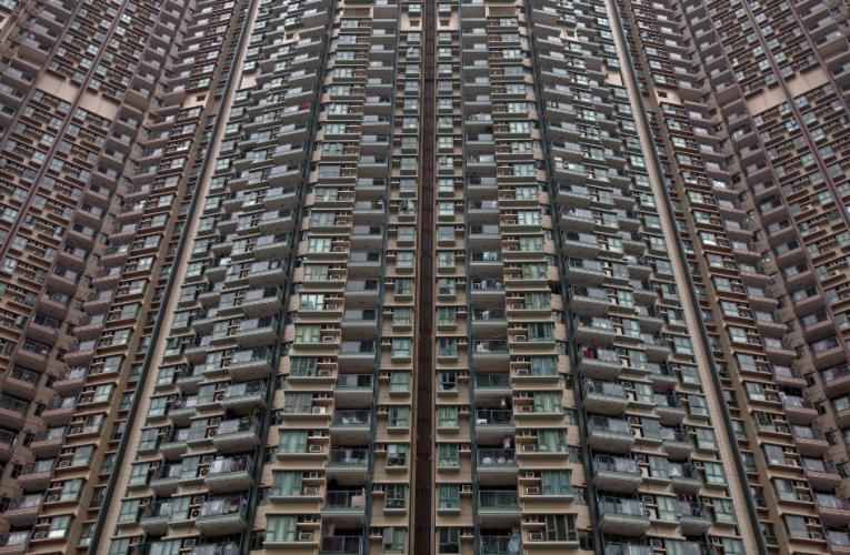 Looking at buildings can actually give people headaches. Here's why