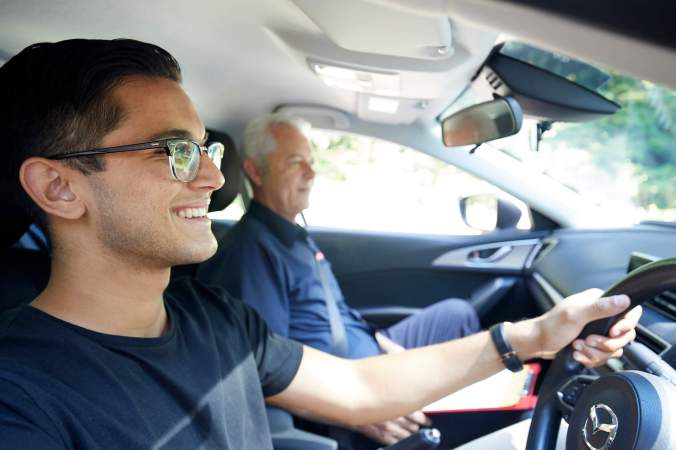 Driving lessons Niddrie