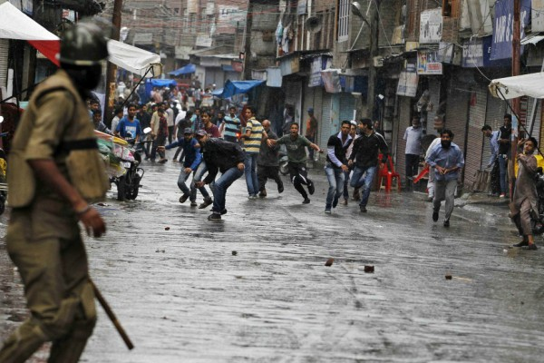 What Is the Real Issue In Kashmir? ~ News Aur Chai