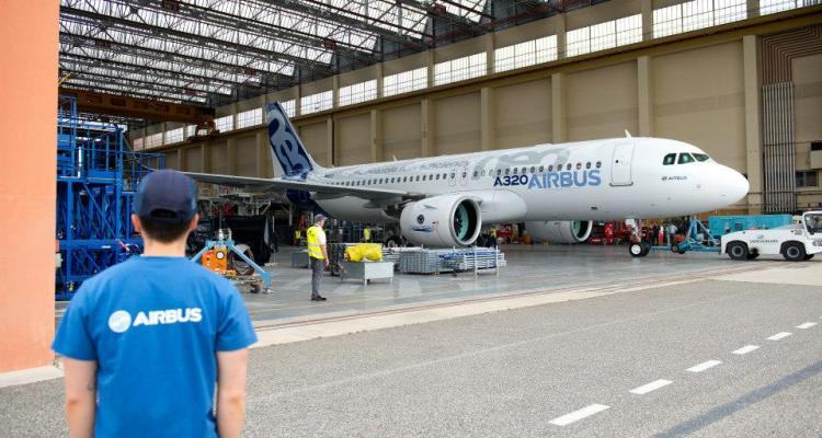 A320 neo Roll Out 10