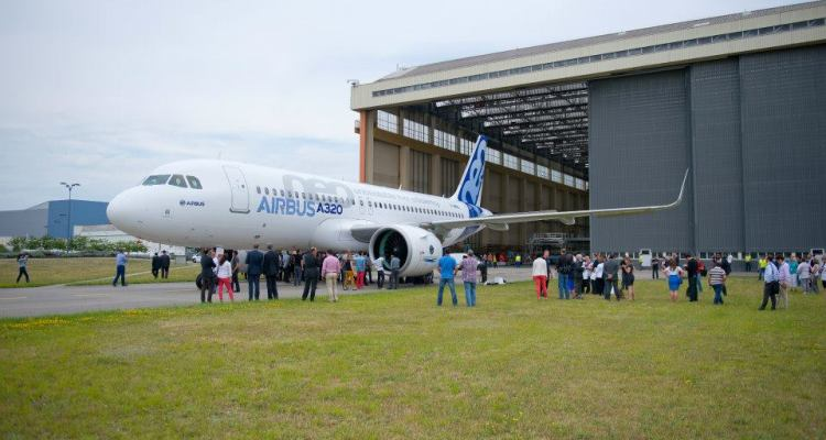 A320 neo Roll Out 3
