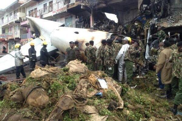 fokker 50 Carga desastre Nairobi