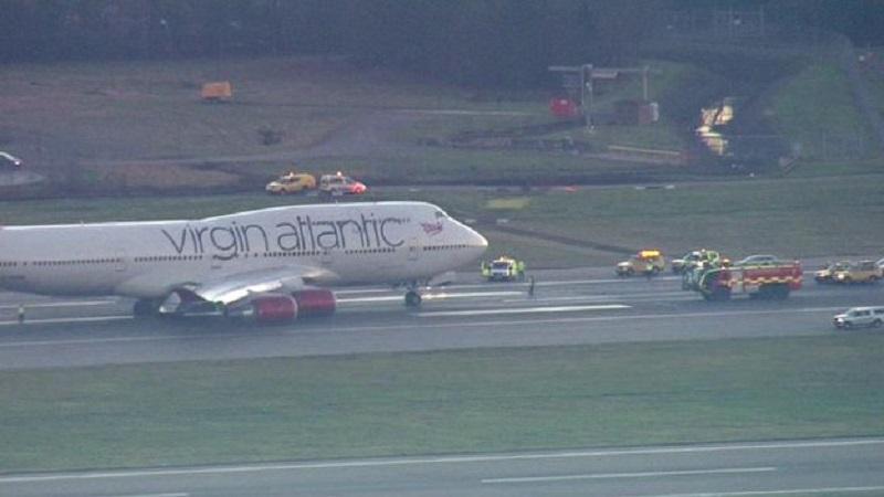 Virgim aterragem B747400