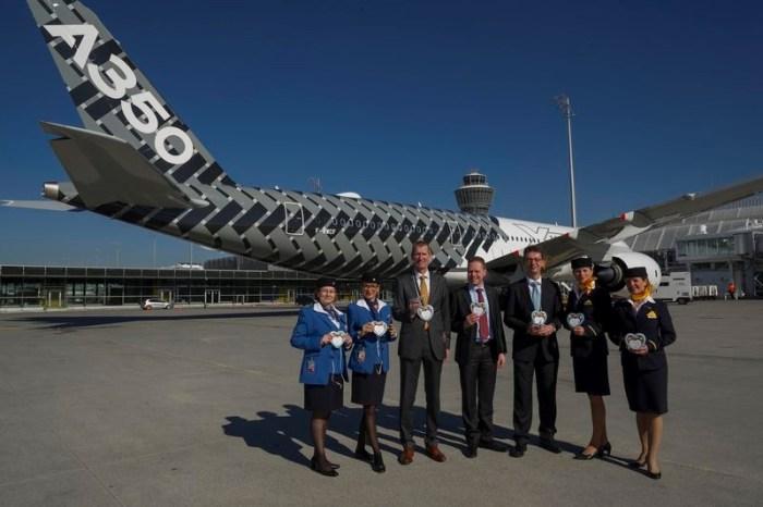 Airbus A350 first_landing Munique_27fev15 800pxi