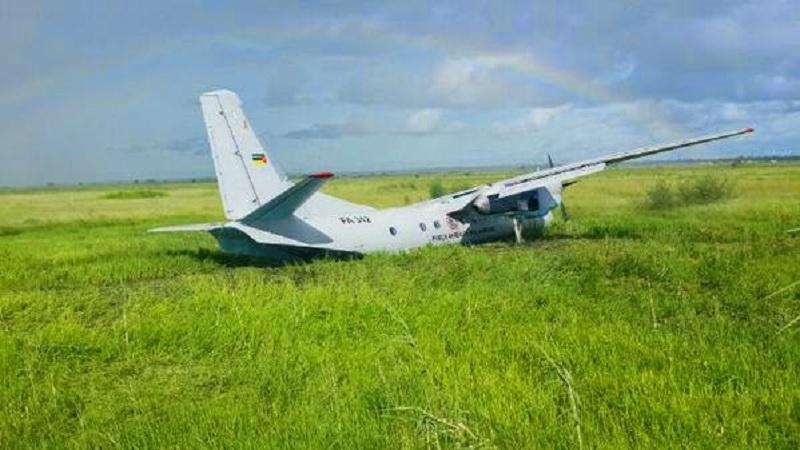 Aeroporto De Quelimane : Newsavia antonov an militar acidentado em quelimane