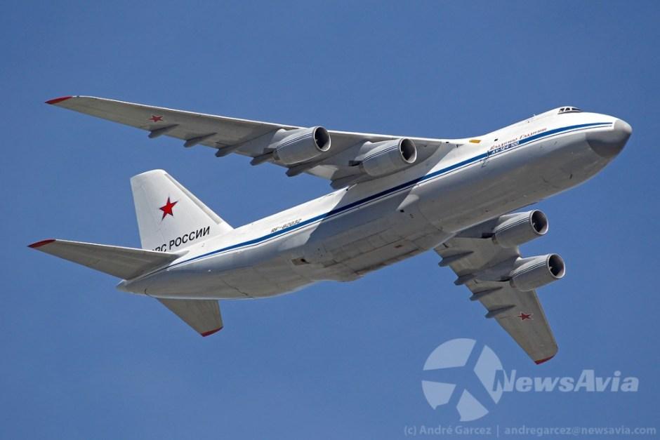 Antonov An-124-100 Ruslan. A aeronave de maiores proporções da Força Aérea Russa.
