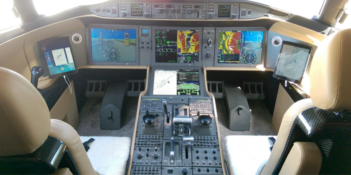 Bombardier-Global-7000---Cockpit