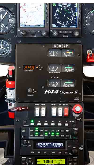 Pormenor2-piloto-automatico-R44