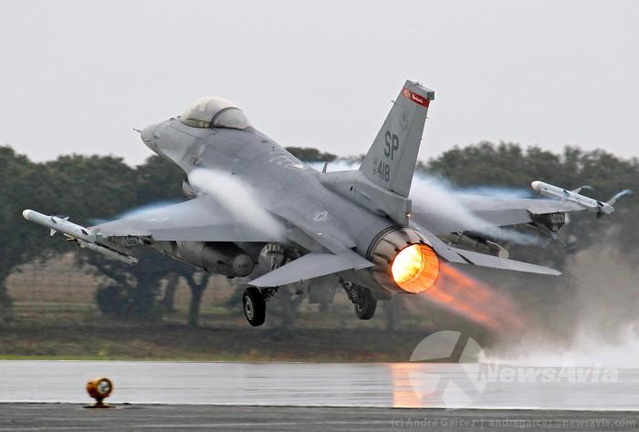 Os Estados Unidos destacaram cinco F-16 de Spangdahlem (Alemanha) para Beja