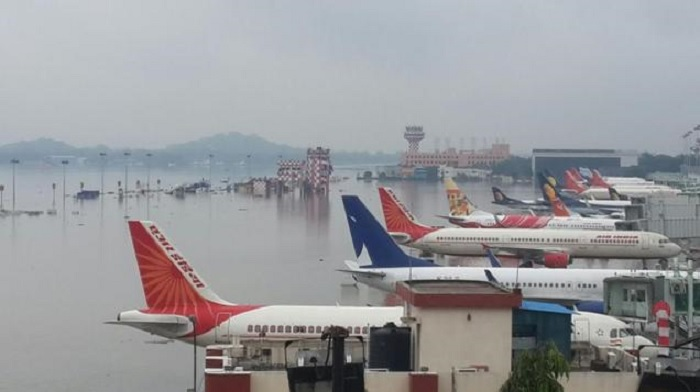 Aero Chennai cheias aviões maiores 02dez2015 700px
