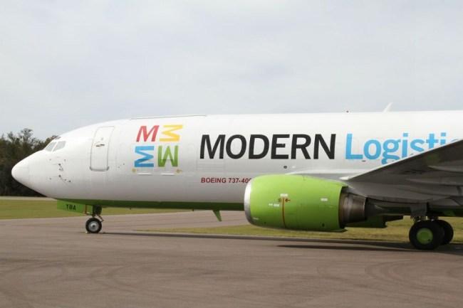 Modern Logistics B737-400 900px