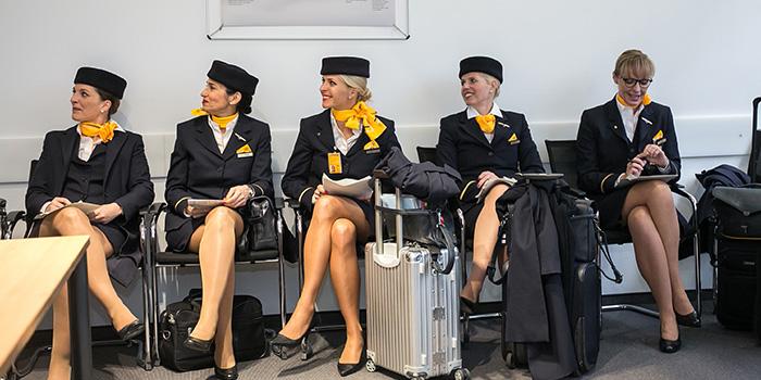 Voo---LH400-Boeing-747-8-Voo-totalmente-no-feminino