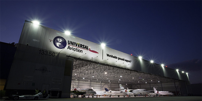 Universal-Weather-&-Aviation
