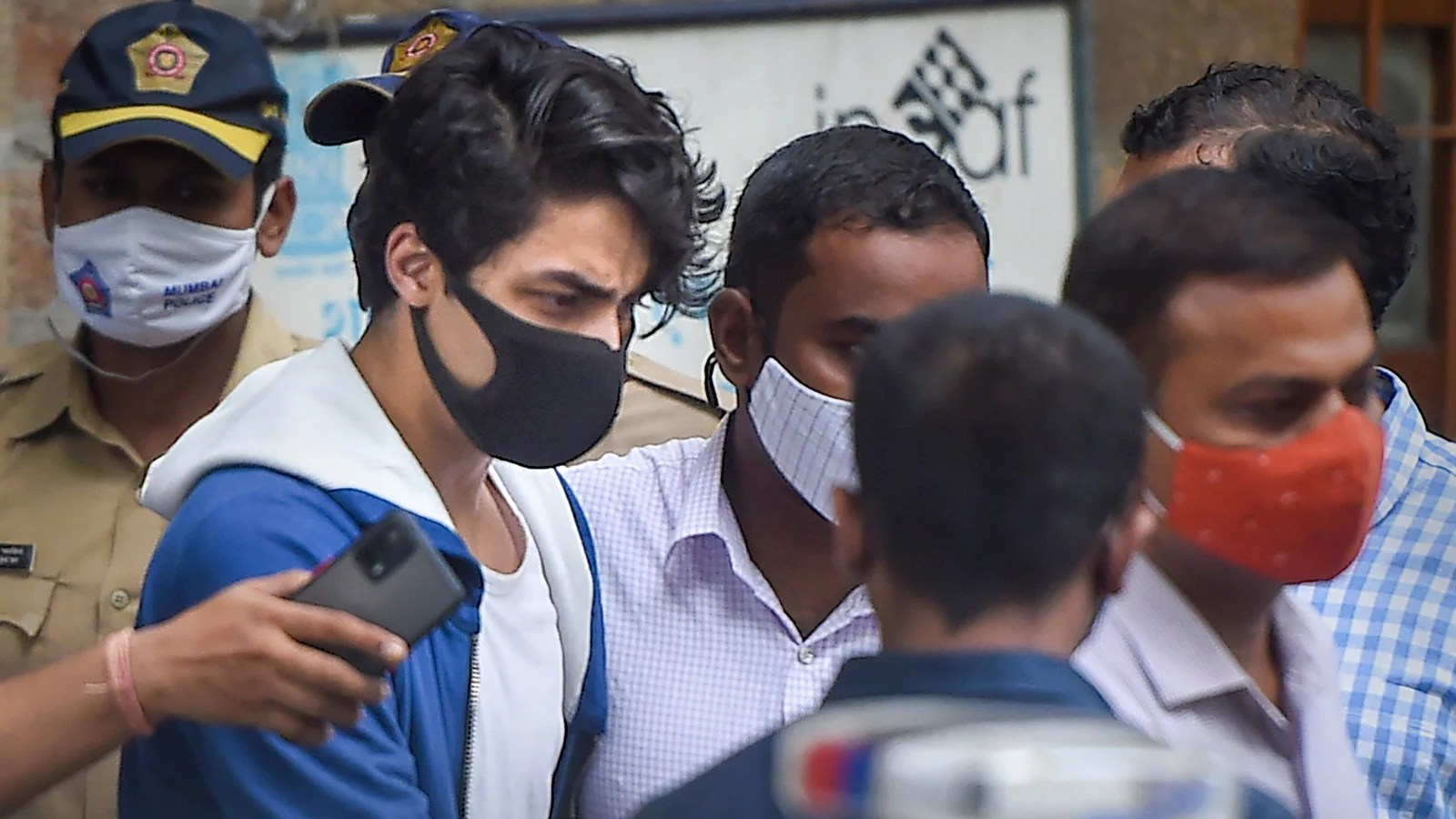 News updates from HT: Bombay HC to hear Aryan Khan's bail plea on October 26 and all the latest news