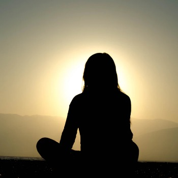 meditation to relax and tighten loose skin after pregnancy