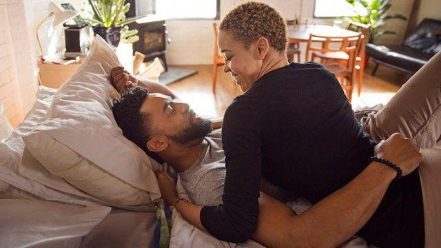 बिस्तर में आदमी और औरत