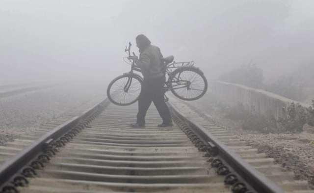 राजस्थान के कुछ हिस्सों में शीत लहर तेज;  कश्मीर में न्यूनतम तापमान बढ़ता है