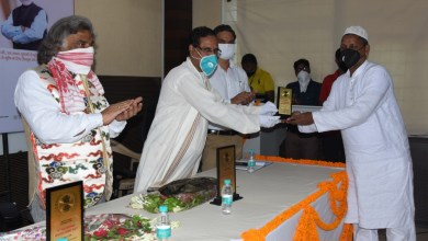 Master Weavers felicitated at WSC