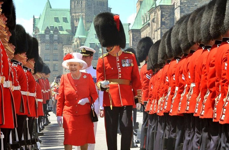 Canadian Crown : Politics is about what divides us. The Crown is about what unites us.  So every country should have a Crown to unite them country???????????????????????????????????????????????????
