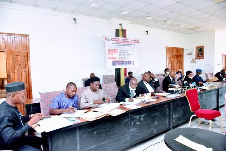 Petitioner tells Osun panel how police connived with syndicates to defraud him of N36m