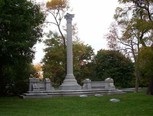 George Pullman grave mausoleum