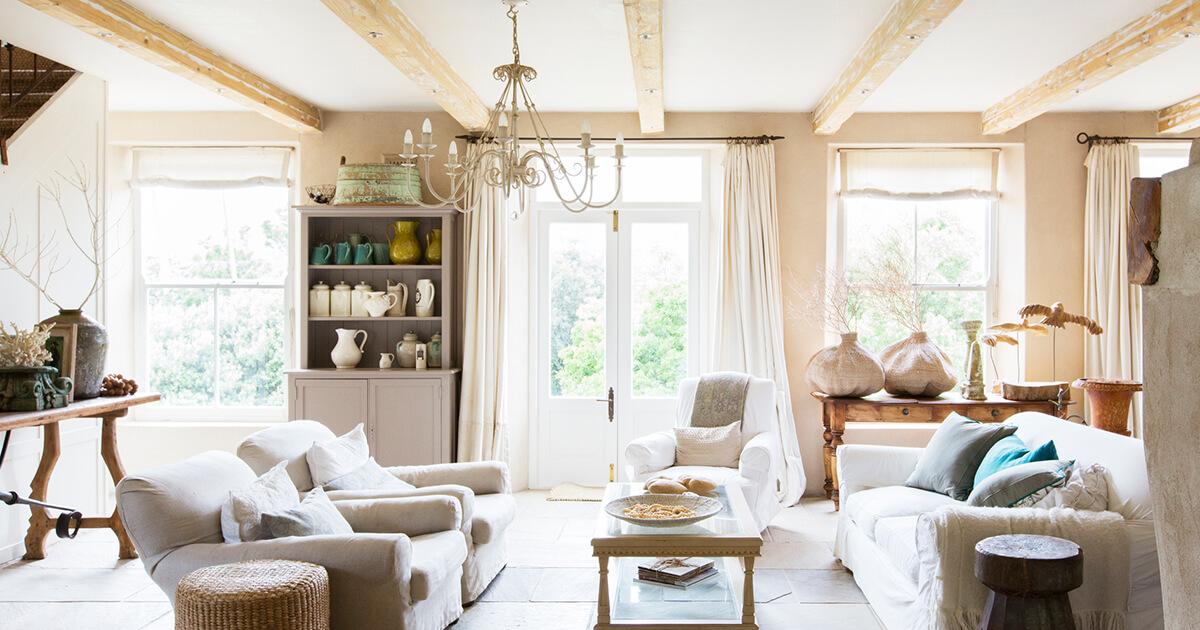Diana Labs - Living Room