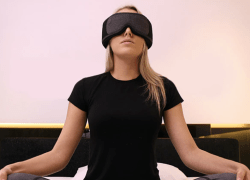 """The Silentmode napping mask's immersive, high-end wireless audio allows users to experience customized relaxation training through its """"Nap-iness"""" algorithm."""