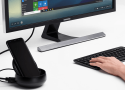 Samsung DeX lets users connect their Galaxy S8, S8+, or Note8 to a monitor, keyboard, and mouse for a desktop experience.