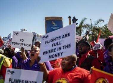 South African Airways agrees new wage deal with striking workers