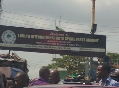 Breaking Security Operatives Run Riot,Kill Two in Ladipo Market,Lagos (News Central TV)