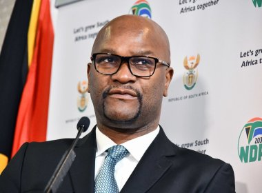 South Africans Slam Mthethwa for Ignoring Gqeberha Name Objections