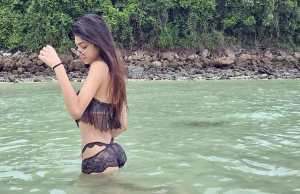 alanna panday looks glamorous in latest picture