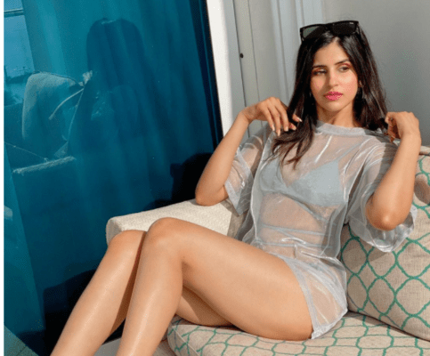 Sakshi Malik Looks Hot as She Flaunts Her Sexy figure in netted silver bikini - newsdezire