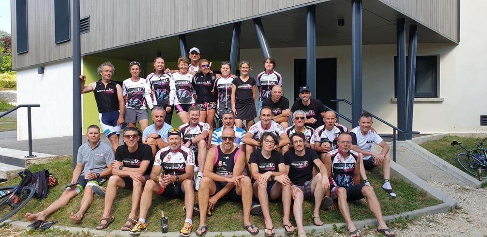 VAULX-EN-VELIN | Les triathlètes sur le parcours d'une étape du Tour
