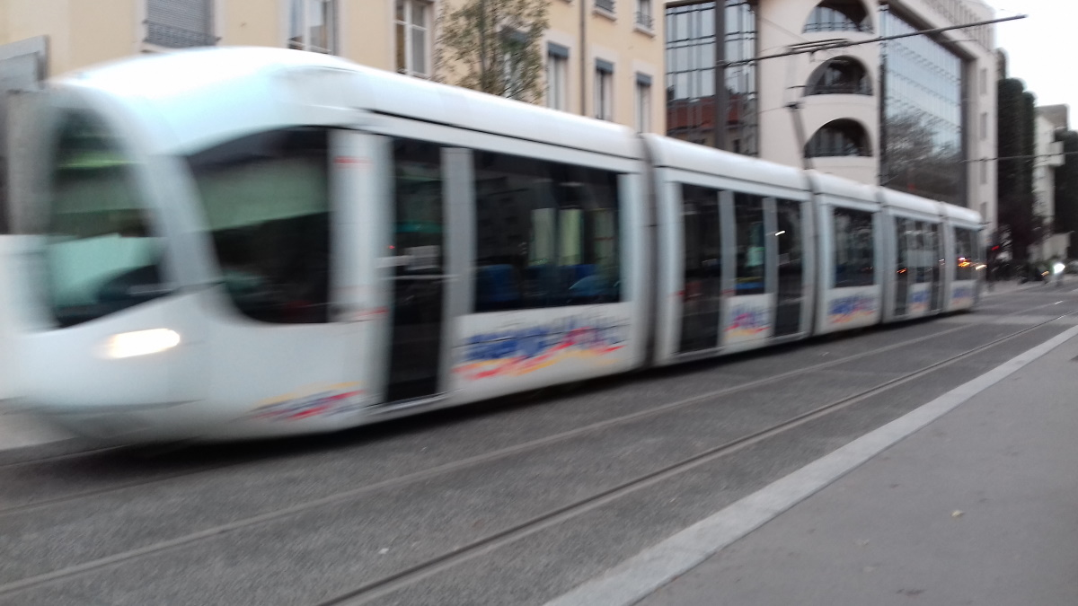 TRANSPORTS | Sytral > rénovation des rames de tramways
