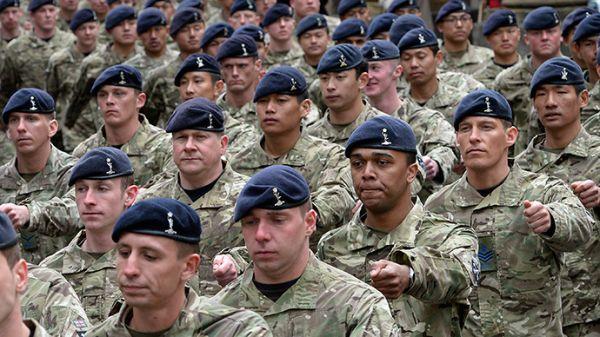 •British soldiers