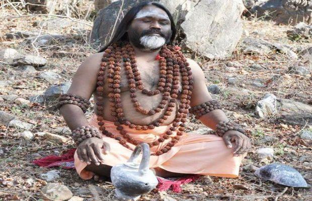 सफरनामा: चाय की दुकान पर काम करनेवाला मदन कैसे बना दाती महाराज…