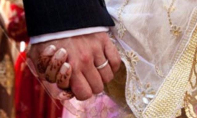 पत्नी की दाढ़ी-मूंछ, पति ने मांगा तलाक, कोर्ट में याचिका खारिज