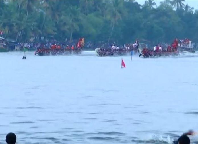 केरल में स्नेक वाटर रेसिंग का मजा, बेस्ट रिलैक्सिंग प्वॉइंट्स