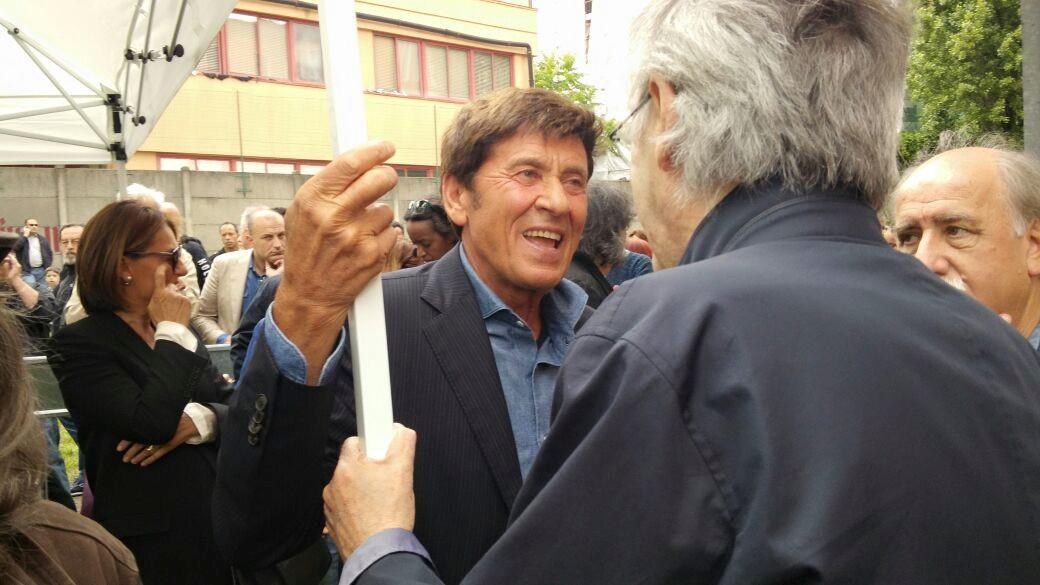 Gianni Morandi video le immagini a Casa Jannacci