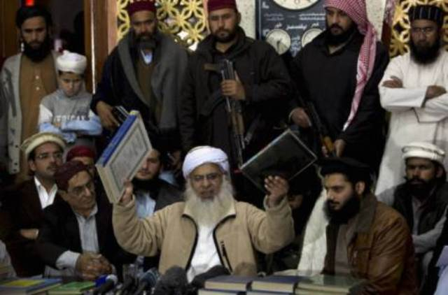 Pak Taliban Says No Less Than Sharia Law