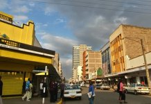 Western Union is one of the main money transfer companies in the area ? ?