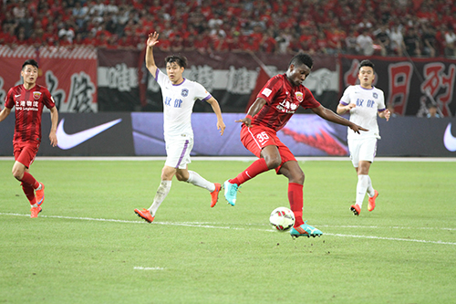Gyan impressed on his debut for Shanghai
