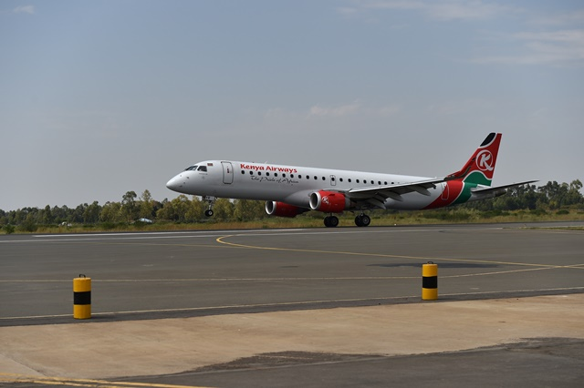 A flight of Kenya Airways lands at Kisumu International Airport in Kisumu, western Kenya, on Aug. 28th, 2015. The economy of Kenya's western region has experienced a dramatic revival following the modernization of Kisumu International Airport by a Chinese company. Located on the edge of Kenya's third largest city, the upgraded Kisumu International Airport is now a busy transport hub connecting the country to the wider eastern African region. (Xinhua/Sun Ruibo)