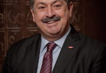 File photo: Andrew Liveris