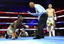 Teofimo Lopez KOs Richard Commey