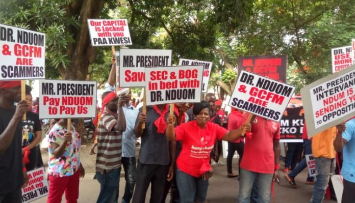 aggrieved customers of collapsed fund management companies threaten demonstration