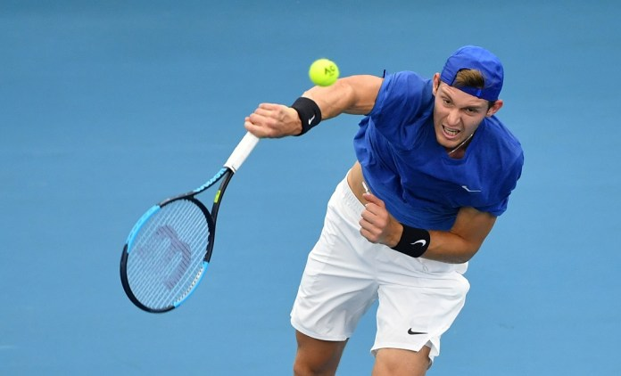 [Reuters]Nicolas Jarry of Chile in action against Lloyd Harris of South Africa during day 4 of the ATP Cup tennis tournament at Pat Rafter Arena in Brisbane