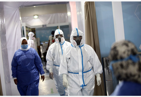 Medical workers are seen in a COVID-19 quarantine hospital in Cairo, Egypt, on June 15, 2020. Egypt reported on Monday its highest single-day COVID-19 deaths with 97 fatalities, taking the death toll in the North African country to 1,672, said the Egyptian Health Ministry. According to the ministry's spokesman Khaled Megahed, 1,691 new COVID-19 infections have also been registered in the past 24 hours, bringing the total confirmed cases to 46,289. (Xinhua/Ahmed Gomaa)