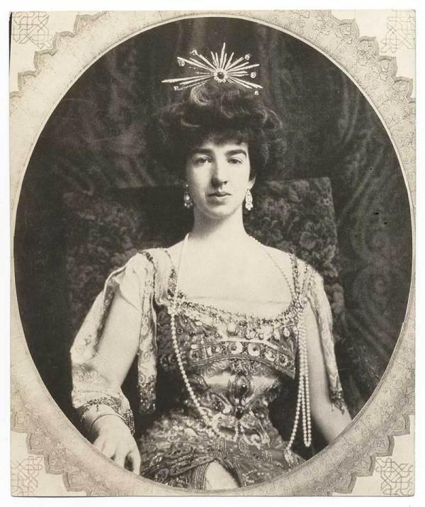Gilded Age Era Gertrude Whitney' Mansion